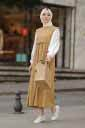 Beli Büzgülü Krem Tesettür Elbise Efl5785-3 - Thumbnail
