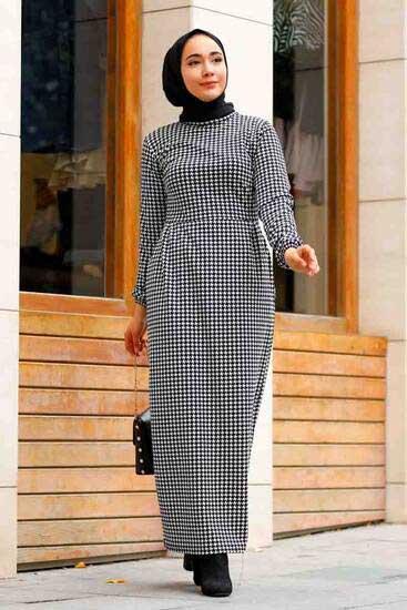 Efulim - Kazayağı Uzun Siyah Tesettür Elbise Efl5758-1 (1)