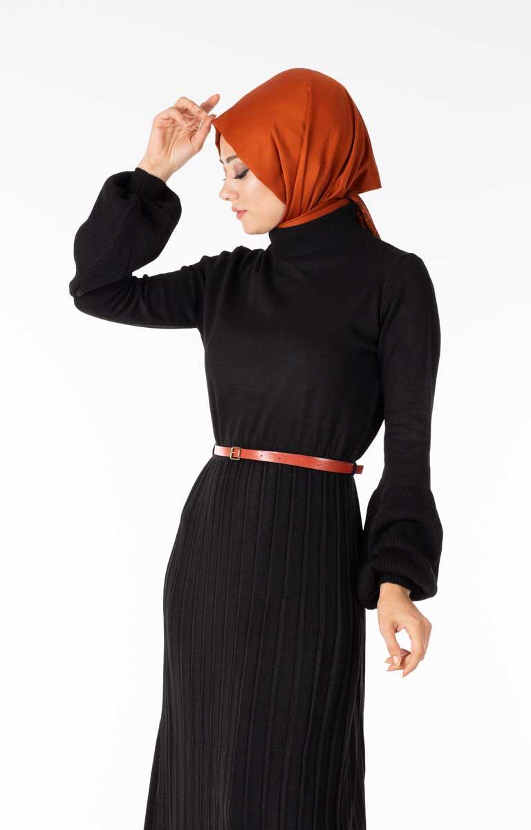 Piliseli Balon Kol Siyah Tesettür Elbise Hbs5827-4